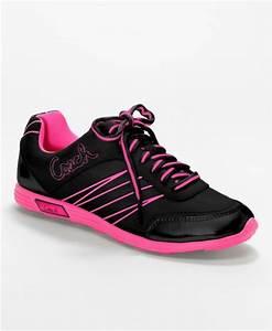 Coach Darla Sneaker in Pink (black/ electric pink) | Lyst
