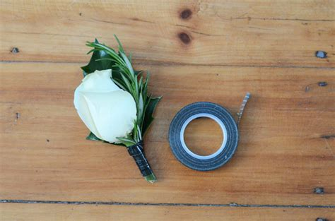 diy boutonniere diy buttonhole for the groom easy