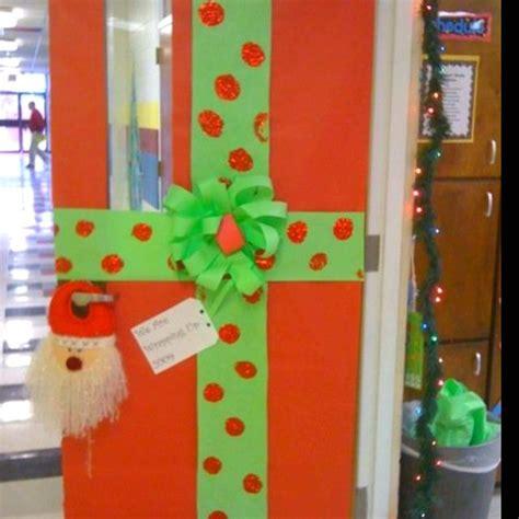 christmas classroom door decor  bulletin board wrapped