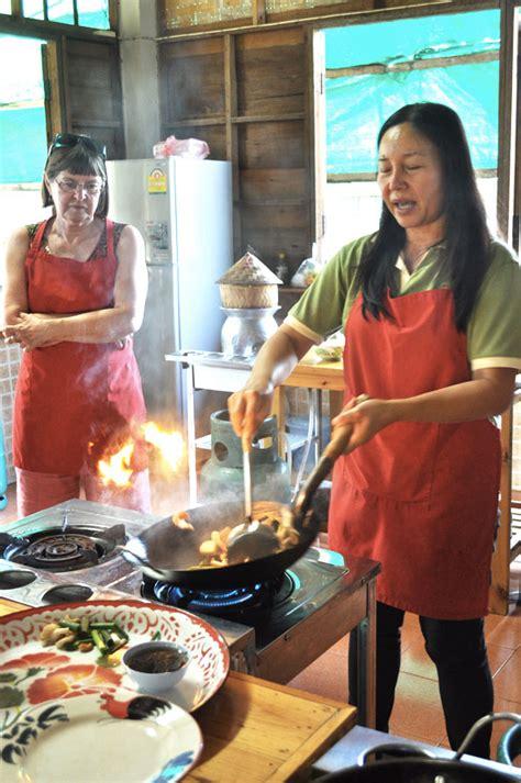 cours de cuisine chiang mai un cours de cuisine thaïe à chiang mai rue rivard