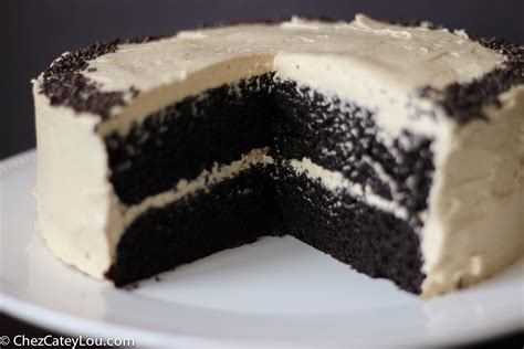 chocolate cake  peanut butter buttercream frosting
