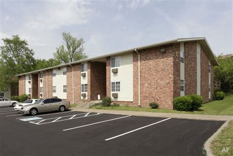 Apartments 500 In Tn by Haynes Garden Apartments Nashville Tn Apartment Finder
