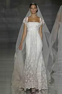 choisir les accompagnatrices des essayages de robes de With les robes de elie saab