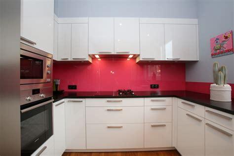 cuisine couleur framboise cuisine couleur framboise photos de conception de maison