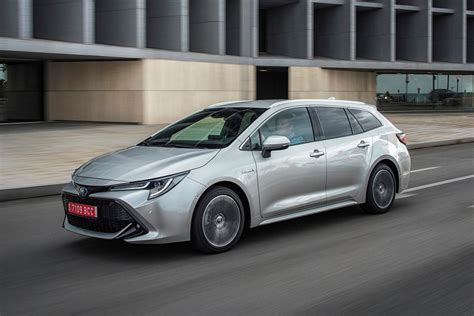 toyota corolla touring sports review  parkers