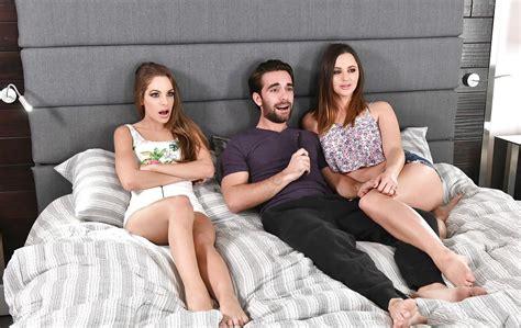 Cerita Seks Ngentot Hot Abg Sma Bokeptetangga