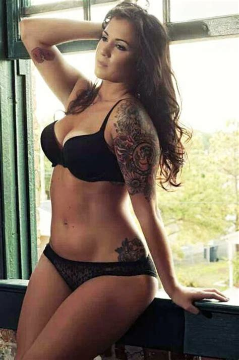 curvy tattooed  sexy models body positivity