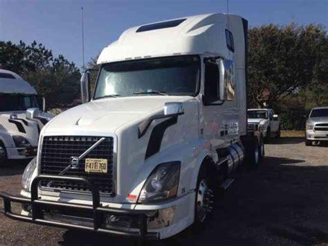 2014 volvo semi truck for sale volvo 670 2014 sleeper semi trucks