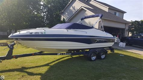 Boats For Sale In Macomb Mi by New And Used Boats For Sale In Macomb Mi