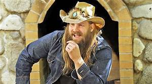 Chris Stapleton Shares Photo That Makes Fans Go Wild