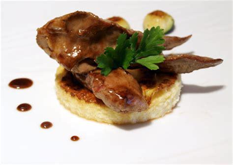 comment cuisiner des aiguillettes de canard recettes aiguillette de canard par l atelier des