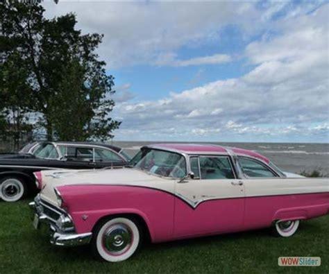 Zoek Je Een Roze Bruidsauto? Bekijk De Mooiste Merken En