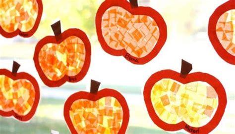 Herbstdeko Fenster Transparentpapier by Fensterdeko Herbst Kinder Basteln Fensterscheibe