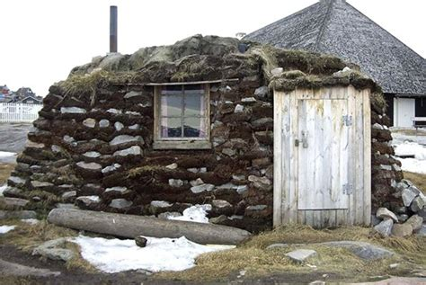Igloos And Ice The Tiny Houses Of The Inuit Culture