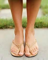 Грибок на ногах чешется