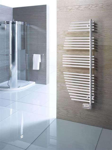 badezimmer heizung handtuchhalter gondola design heizkoerper bad handtuchhalter tonon forty stahl bad bathroom handtuchhalter