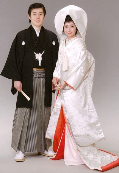 Traditional Japanese Wedding Kimono by Traditional Japanese Wedding Dresses Images