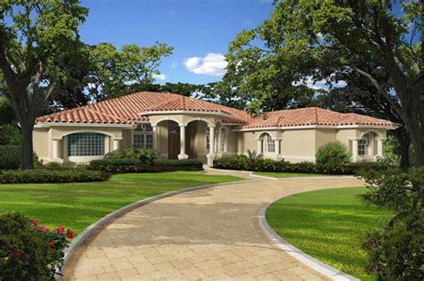florida style home   bdrms  sq ft floor plan