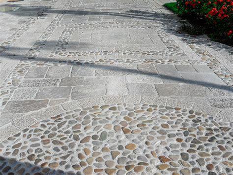 Pavimenti In Pietra Esterni by Pavimentazione Esterna Pietra Pietre Piastrelle Per
