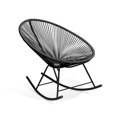 chaise en fil plastique 17 meilleures idées à propos de chaise acapulco sur