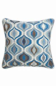 Jonathan Adler Kissen : jonathan adler 39 bargello waves 39 pillow available at nordstrom basement family room ~ Frokenaadalensverden.com Haus und Dekorationen