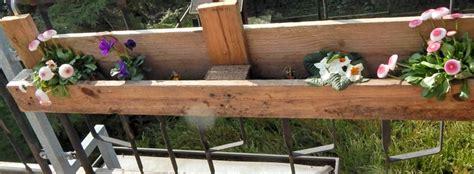 blumenkasten holz selber bauen diy europaletten blumenkasten so bauen sie einen