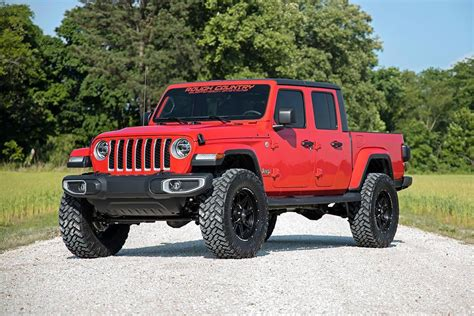 rough country   spacer lift kit   jeep gladiator jt quadratec