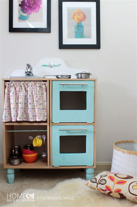 Remodelaholic  Cute & Easy Kids Play Kitchen From A Cube
