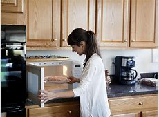 Is it safe to use my microwave oven during pregnancy