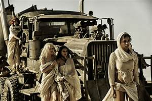 Over 40 New Mad Max: Fury Road Pictures Feature Tom Hardy ...