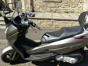 Honda Silverwing 125 Scooter