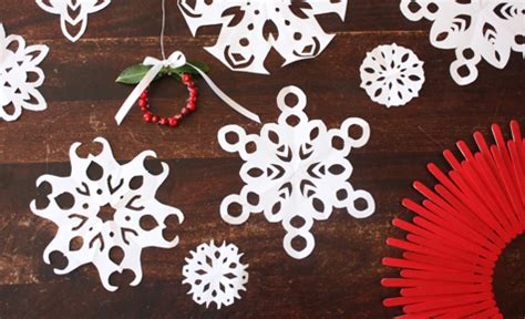 christmas craft christmas crafts paper snowflakes