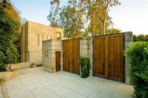 Frank Lloyd Wrights Millard House For Sale by американский архитектор новатор фрэнк ллойд райт
