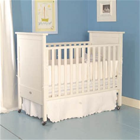 bratt decor dick crib white