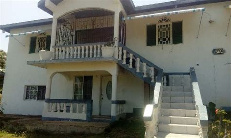 Bedroom 2 Bathroom House For Rent by 3 Bedroom 2 Bathroom Upstairs House For Rent In Retreat