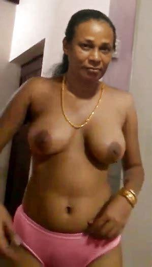 Sri Lankan Kanthi Aunty