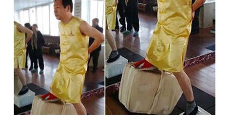 pria china punya buah zakar paling perkasa bisa angkat