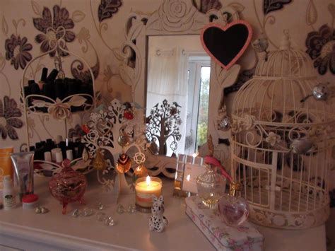 eye for design decorating vintage room decorating tips shabby chic vintage and girly missprincesspancake youtube