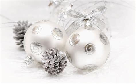 white christmas ornaments wallpaper 38985