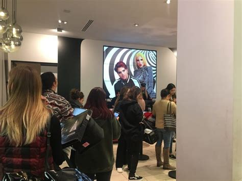 What it's like to shop at Morphe when Jeffree Star ...