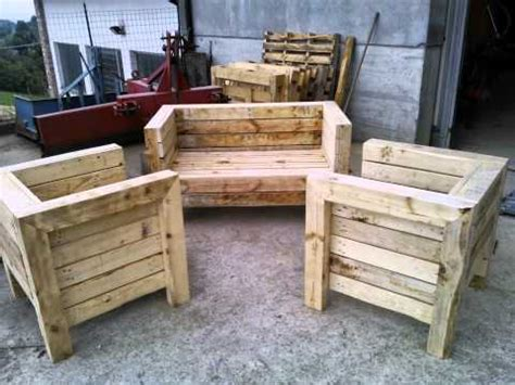 costruire una poltrona come trasformare un vecchio letto in una poltrona fai da
