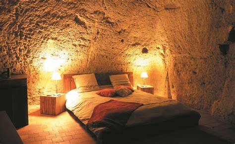 chambre troglodyte touraine séjour insolite dans une chambre troglodyte en anjou doué