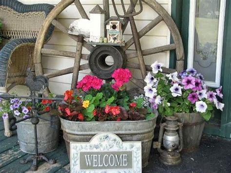 wagon wheels   garden living country