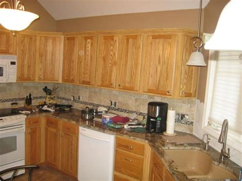 oak cabinets kitchen ideas 53 best images about projects to try on pinterest oak