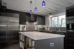 Black white and gray kitchen kitchen and decor for Black white and gray kitchen design