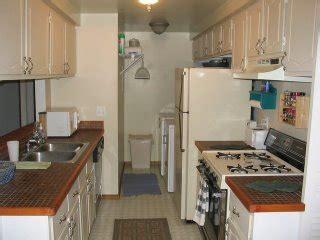 linoleum floor kitchen 2ndhouseontheleft 3813