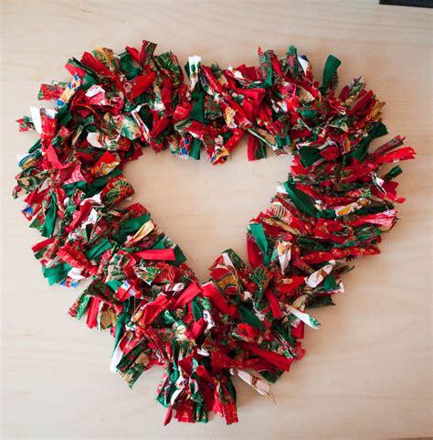 make christmas wreath norfolk treasures christmas rag wreaths