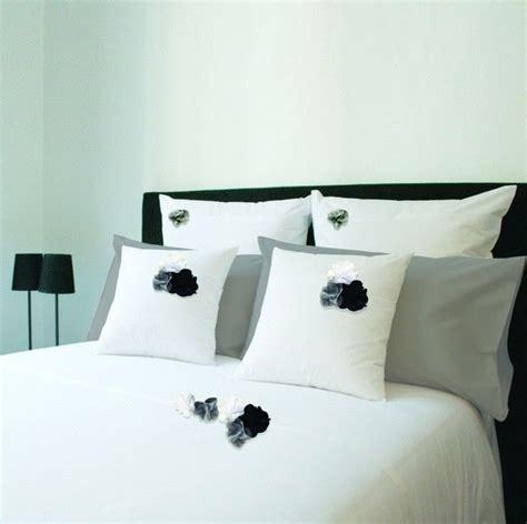 housse de couette percale botanique blanc fleurs blanc gris noir 200x200