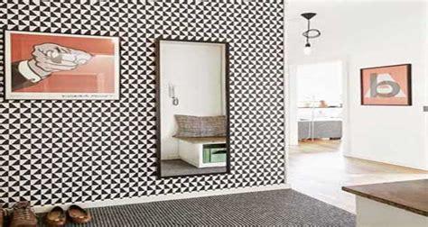 bureau etroit pour entree 12 idées déco pour styliser un couloir étroit ou sombre