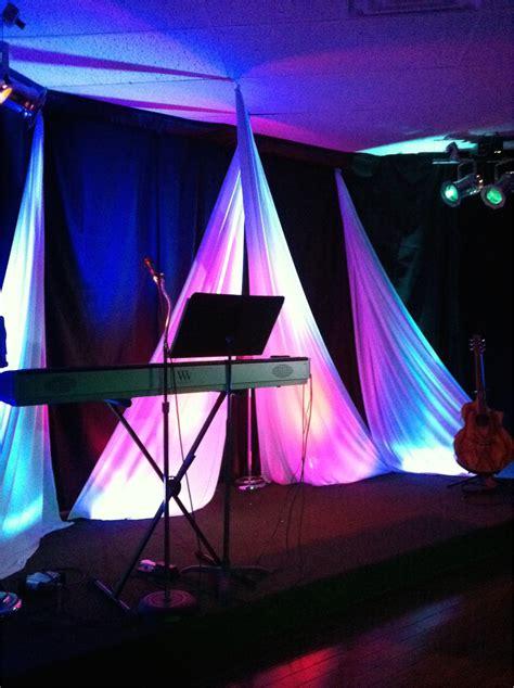 criss cross church stage design ideas